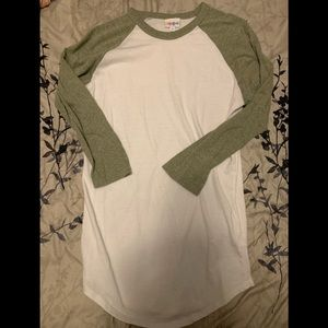 LuLaRoe Randy tee - green and white